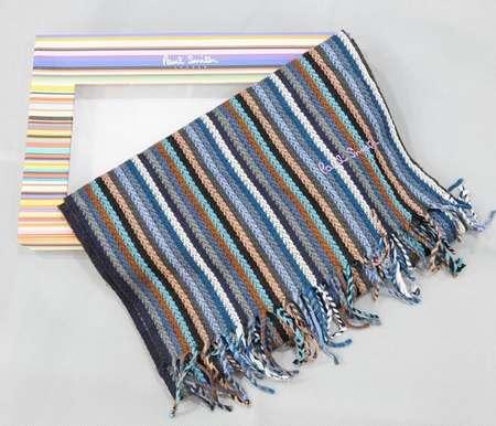foulard homme bordeaux,foulard tete de mort pas cher,femme au foulard  django unchained a3d4910960c