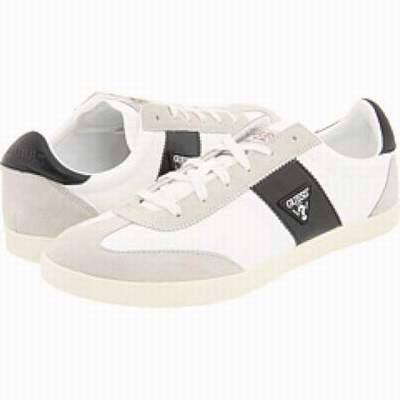 les chaussures guess,chaussure guess grenoble,chaussures guess noir et rouge 16a1b18d333