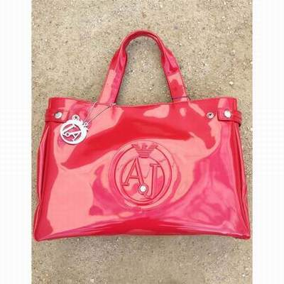 sac armani vernis fushia,sac armani vernis taille,fabrication sac armani 95af27aac44